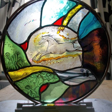 Jane Carpenter - https://artsinthetawevalley.com/jane-carpenter-stained-glass/